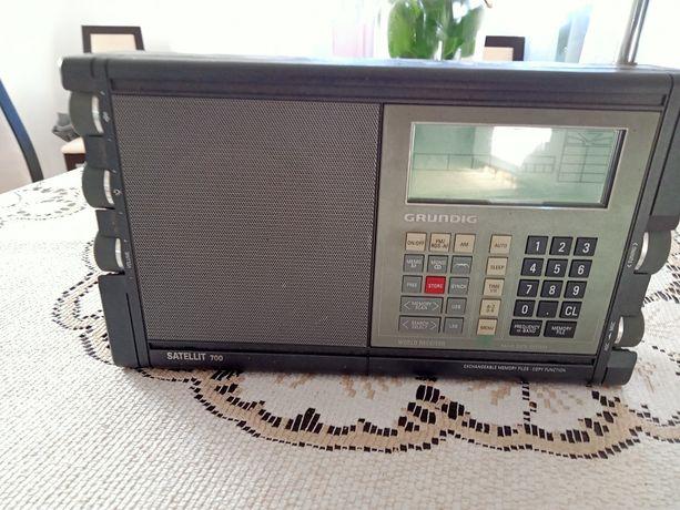 Radio satelitarne Grundig SATELLIT 700