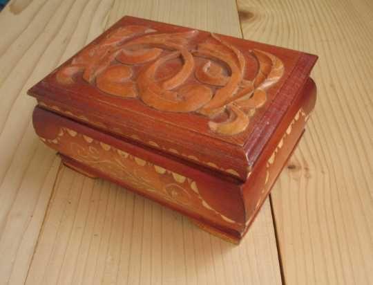 Шкатулка деревянная, резная. СССР