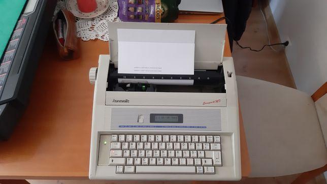 Elektryczna maszyna do pisania Hanseatic europa II BRAK POLSKICH ZNAKÓ