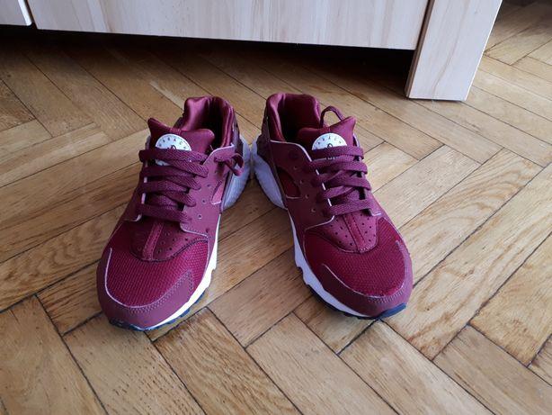 Buty Nike Huarache Run BG bordowe rozmiar 36,5