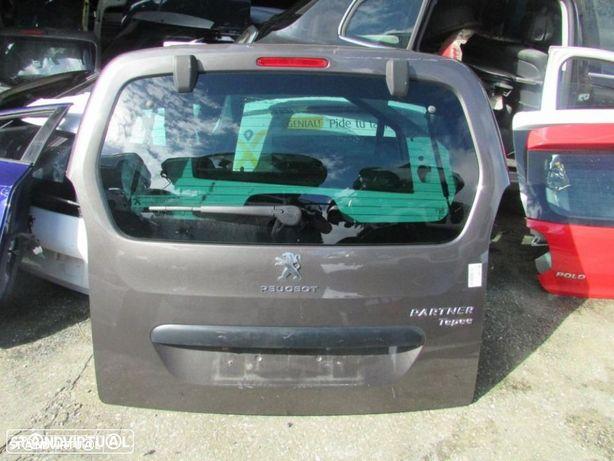 Tampa da mala Peugeot Partner do ano 2015