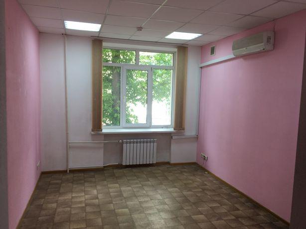 Офис ст.м. Дворец Украина. офис на Предславинской. офис от 7000 грн