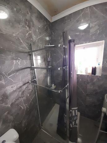 Base de duche com proteção em vidro