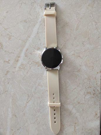 Smartwatch akantha Avon
