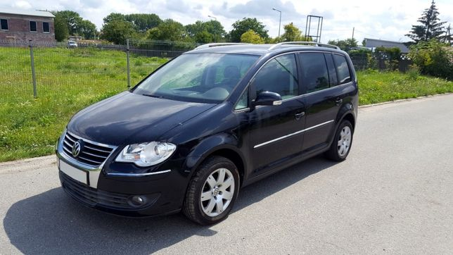 VW TOURAN 1.4 TSI 140 KM Highline