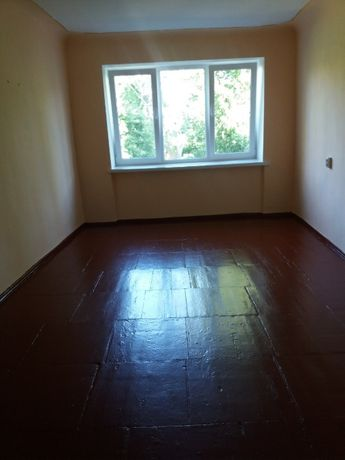 Продам кімнату в гуртожитку по вул.Студенська.