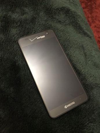 Kyocera водонепроницаемый мобильный телефон