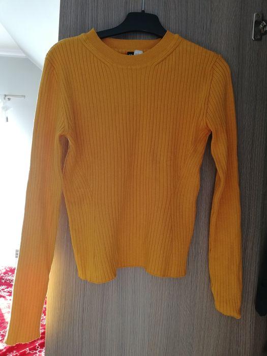 Sweter, w kolorze musztardowym Bedlno - image 1