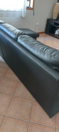 Sofa preto com chaise long