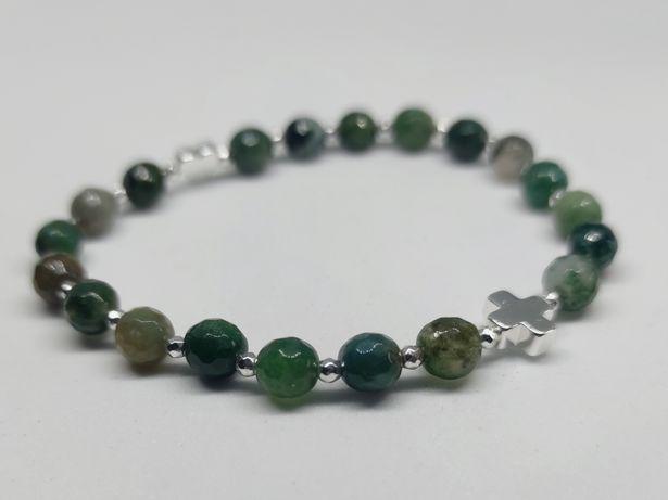 Bransoletka różaniec na rękę na gumce -zielony, odcienie zieleni