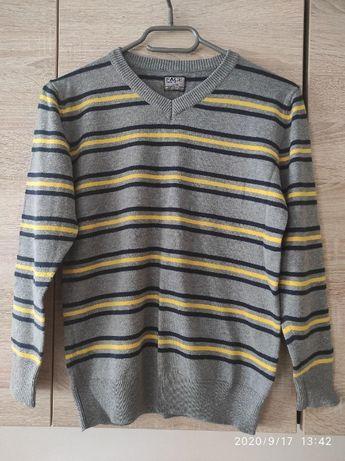 Sweter chłopięcy 134cm