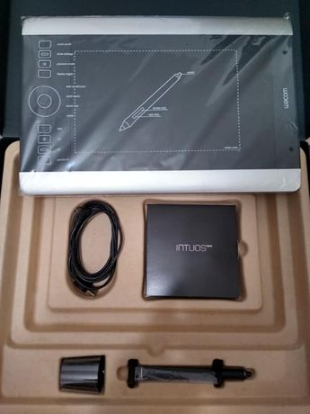 Tablet Intuos Pro M Special Edition