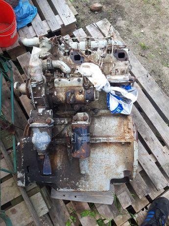 Silnik ursus C 360 , 3p perkins