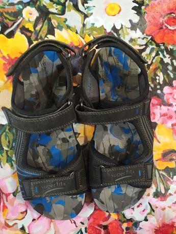Продам сандали super fit