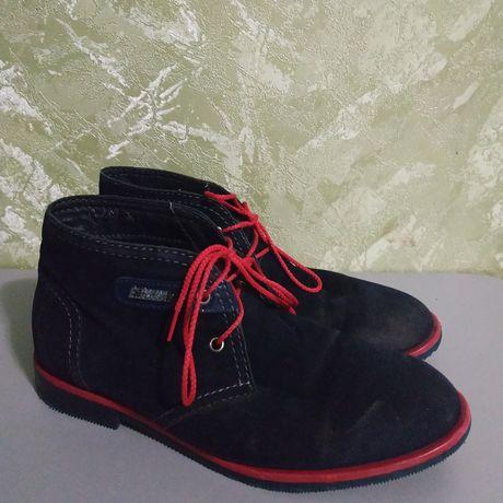 Ботинки на девочку р.36