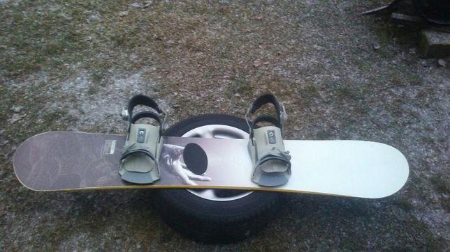 Deska snowboardowa + wiązania Crazy Creek Maxum 152 cm