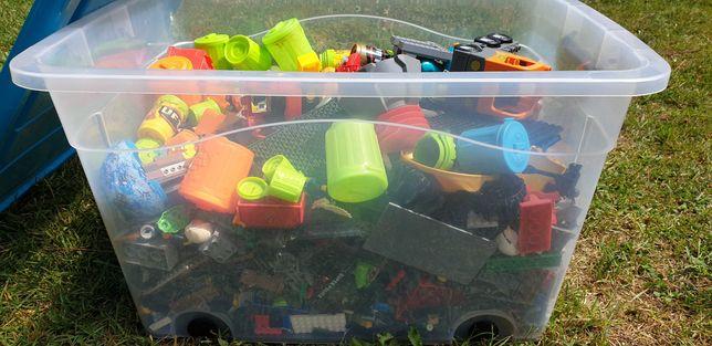 Lego, śmieciaki, itp. Pudło zabawek