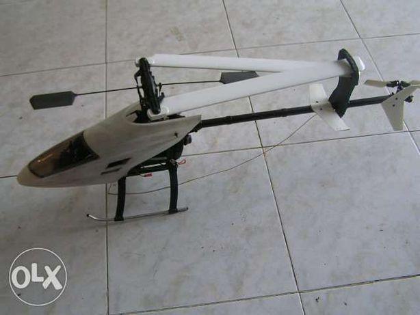 Helicoptero concept 30 srx