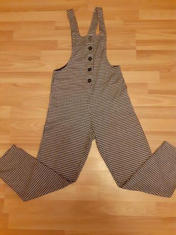 Spodnie damskie firmy Bershka