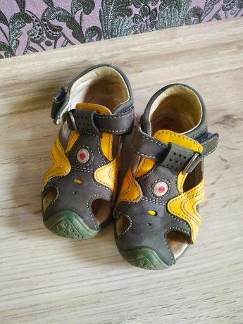 Босоножки, сандалии Antilopa