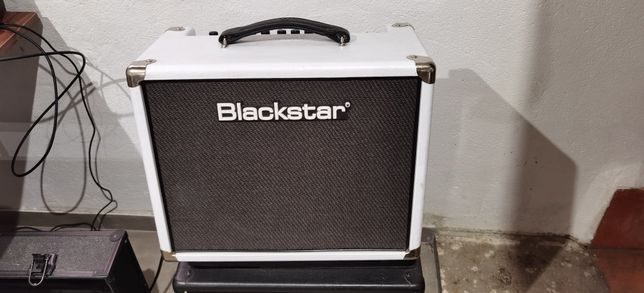Combo BLACKSTAR HT5R White com Celestion V30