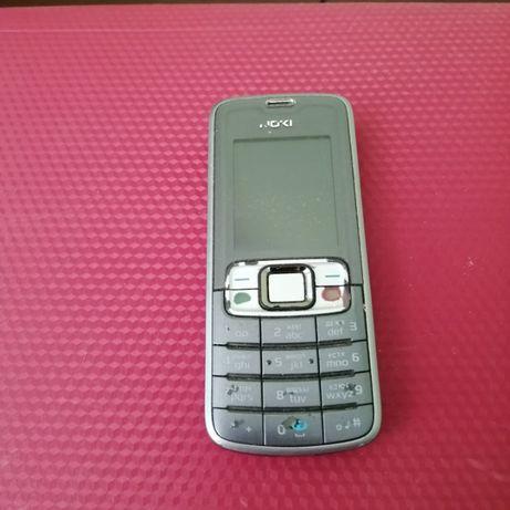 Продаю кнопочний мобильний телефон Nokia бу