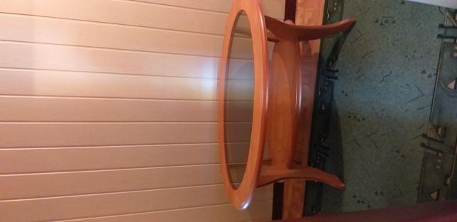 Stolik ze szkłem