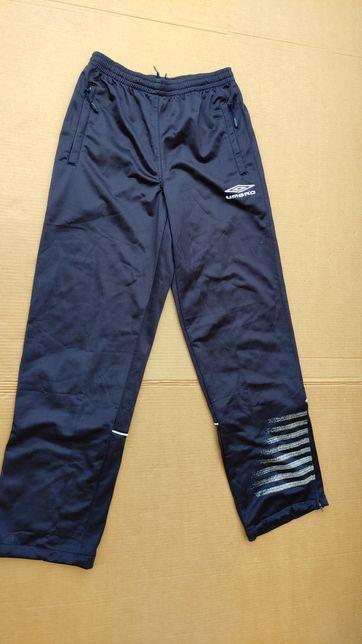 Umbro spodnie dresowe 164 wzrost nowe