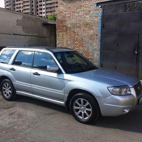 Автомобиль Субару Форестер (Subaru Forester)