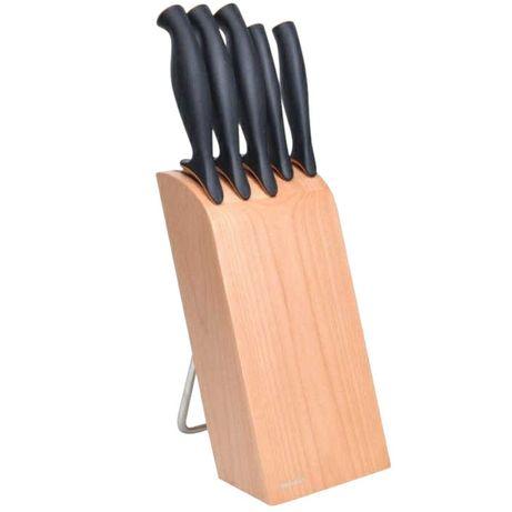 Fiskars blok na noże.
