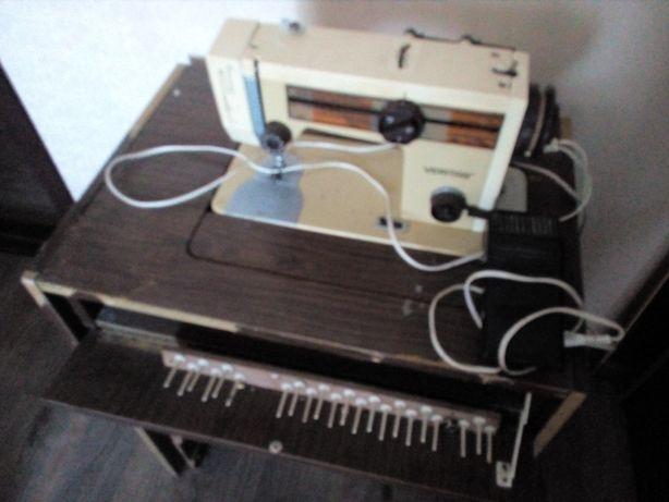 Швейна машинка Верітас