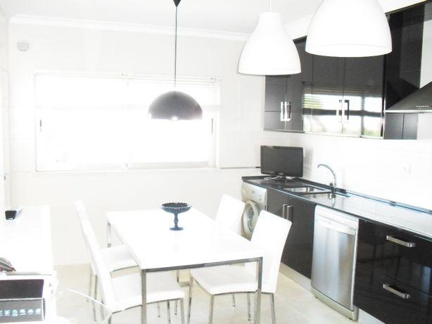 Vendo Apartamento T3 Urbanização Villas Aqueduto
