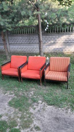 Stare Fotele HP z czasów PRL Bardzo ładne cena za 3szt
