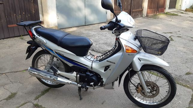 Honda 125 innova s wing piaggio transport burgman aprilia