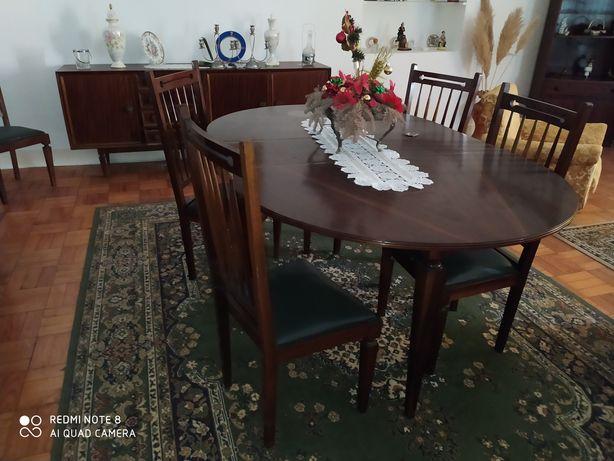Mobília de sala de jantar vintage