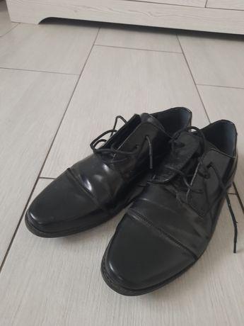 Pantofle męskie 39 garnitur