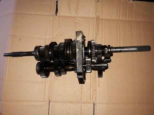 Mecanica caixa de velocidades Nissan terrano II td