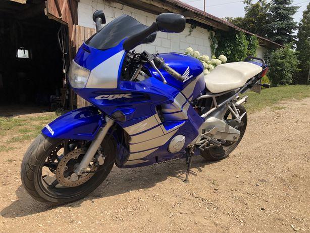 Honda CBR F2 600