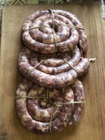 Колбаса домашняя. Колбаса из натурального мяса. Мясо. Домашнее мясо.