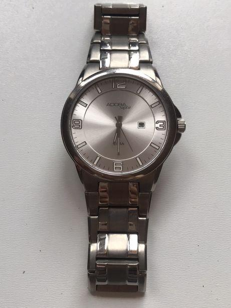 Часы фирменные кварц, стекло сапфир, титан корпус.