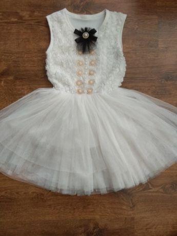 Платье, фатин