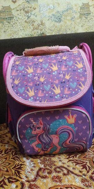 Рюкзак ортопедический для девочки начальных классов
