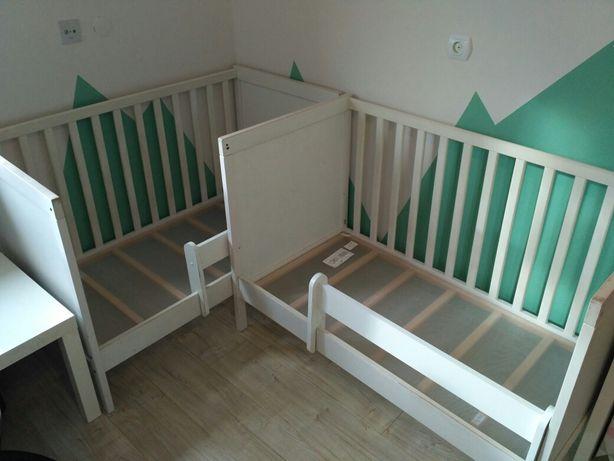 Łóżeczko Ikea Sundvik z płaskimi szczeblami, gratis barierka