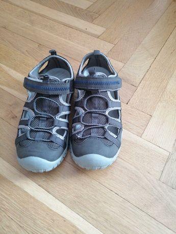 Sandały dla chłopca 33