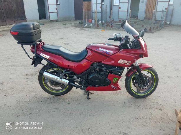 Kawasaki GPZ 500s 94'