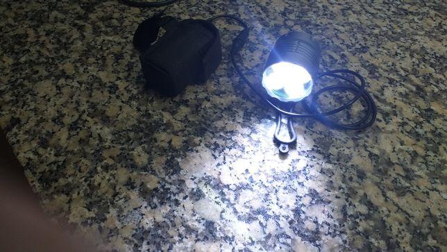 Lanterna  mais luz de presença  traseira