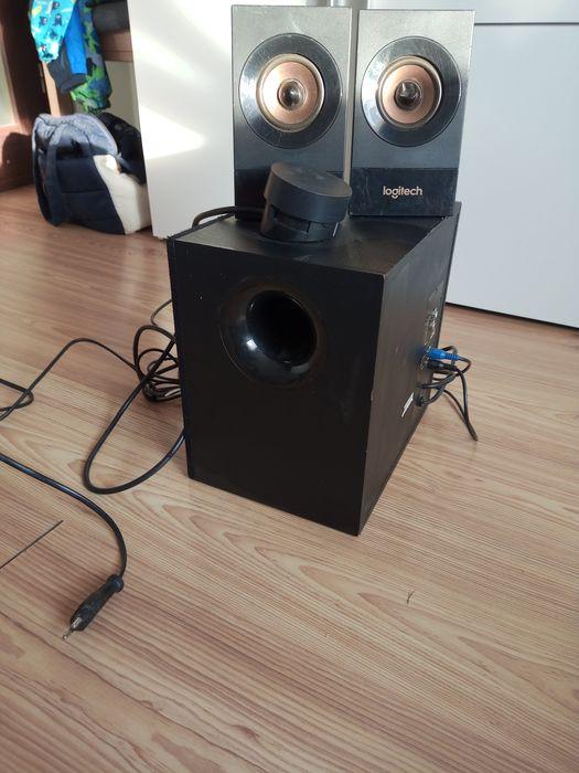 Głośniki logitech Z533 bardzo mocne subwoofer 2.1 Kębłowo - image 1