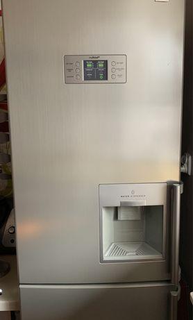 Lodówka LG no-frost wyświetlacz dyspenser wody kostkarka ręczna