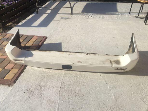 Бампер задній Toyota LC 100