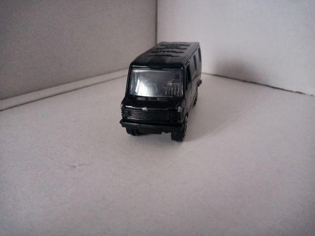 Mercedes Benz 207 D kaczka firmy weely